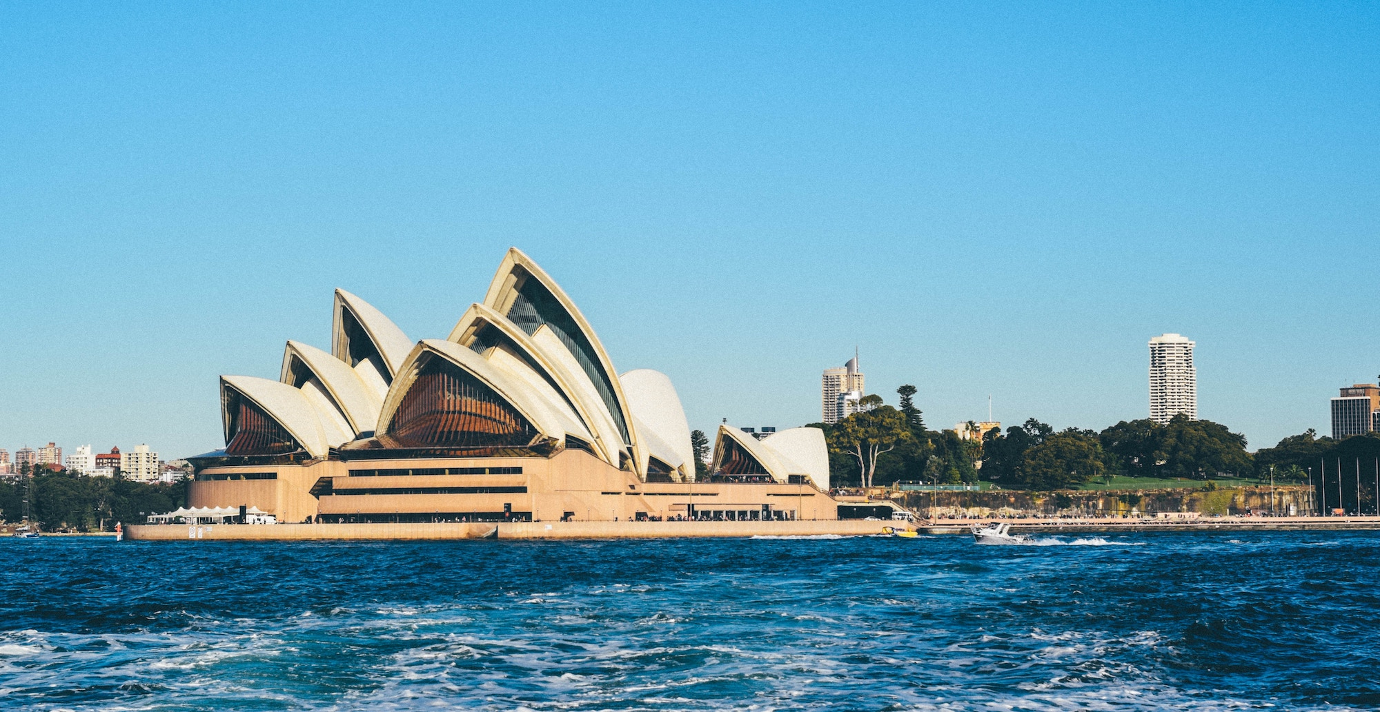 Australia rescinds ban on exports of cannabis. MPX, MYMMF, Solaris and others to benefit.