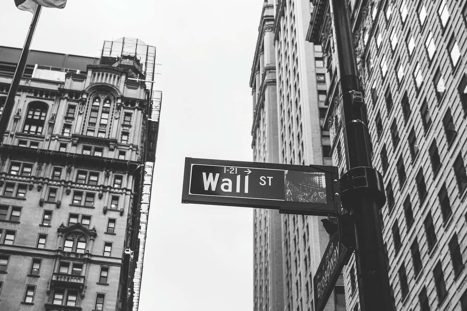 Canopy Growth Applies to Trade on New York Stock Exchange