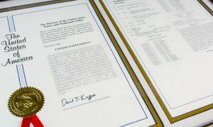 Nextleaf Awarded U.S. Patent and Engages CannDelta for Psychedelics Dealer's Licence